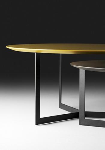 mesas-auxiliares-marca-treku-kabi-mesitas-madera-detalle