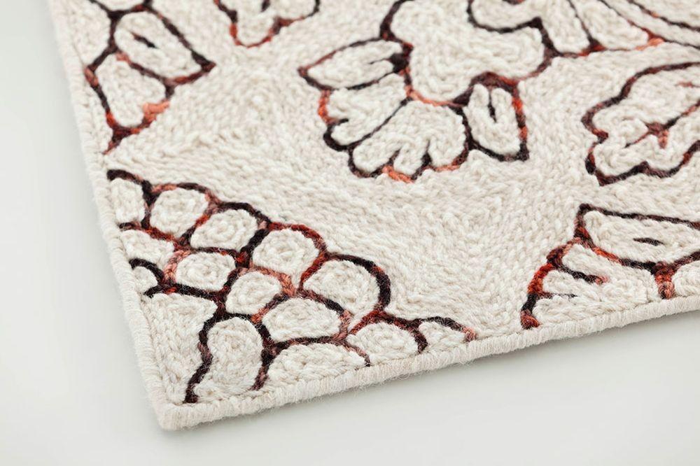 alfombra-rug-gan-fenix-cadeneta- siamak-eagle