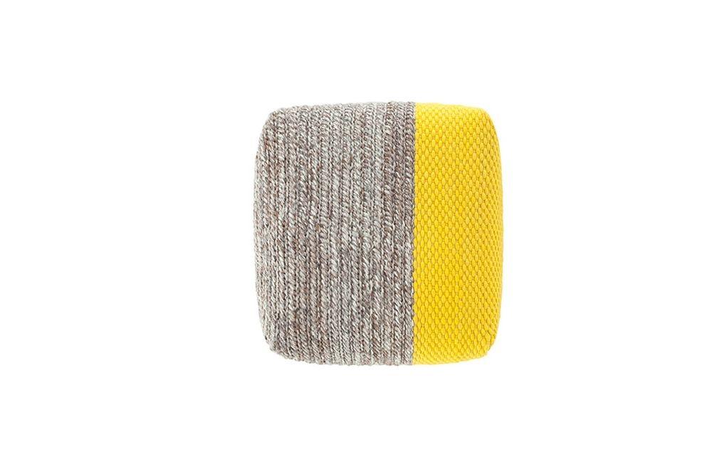 alfombra-rug-marca-gan-mangas-puf-modulos-modular-amarillo