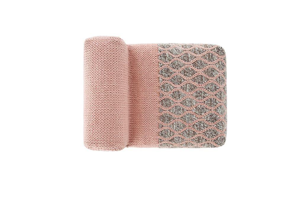 alfombra-rug-marca-gan-mangas-puf-modulos-modular-respaldo