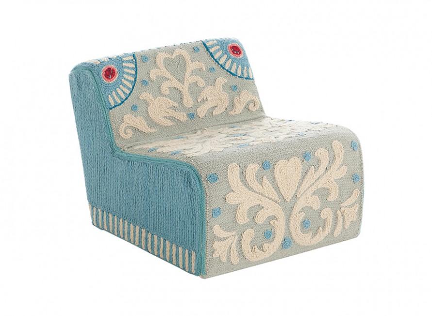 alfombras-puf-butaca-modulo-rug-marca-gan-gandia-goyescas-alexandra-sandra-figueloa-azul
