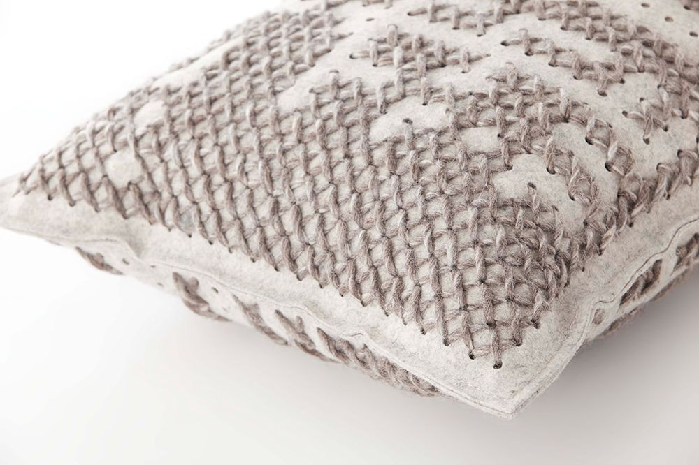 alfombras-rugs-cojines-gan-abstract-canevas-charlotte-lancelot-alfombras-cojines-detalle