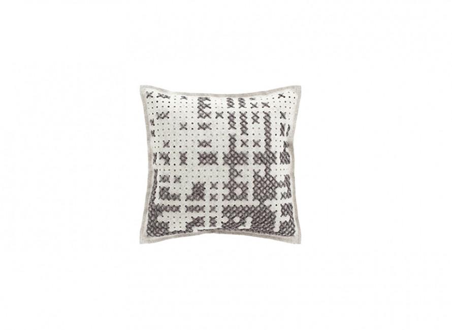 alfombras-rugs-cojines-gan-abstract-canevas-charlotte-lancelot-alfombras-cojines-grey-gris