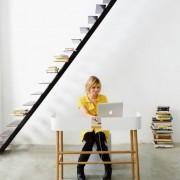 b-universo-positivo-escritorio-madera-metal-blanco-