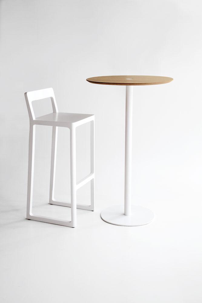 mesa-punt-puntmobles-nucleo-madera-pata-cilindrica-mesa-alta