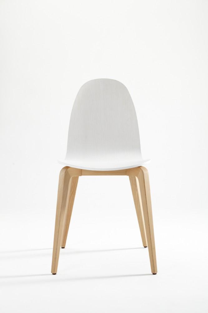 silla-bob-ondarreta-asiento-pata-madera