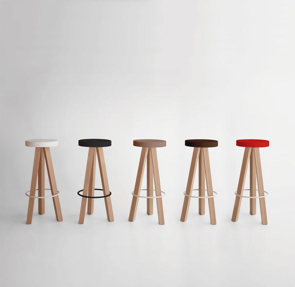 taburete-punt-puntmobles-flak-madera-roble-haya-macizo-asiento-lacado-color-taburetealto-coleccion