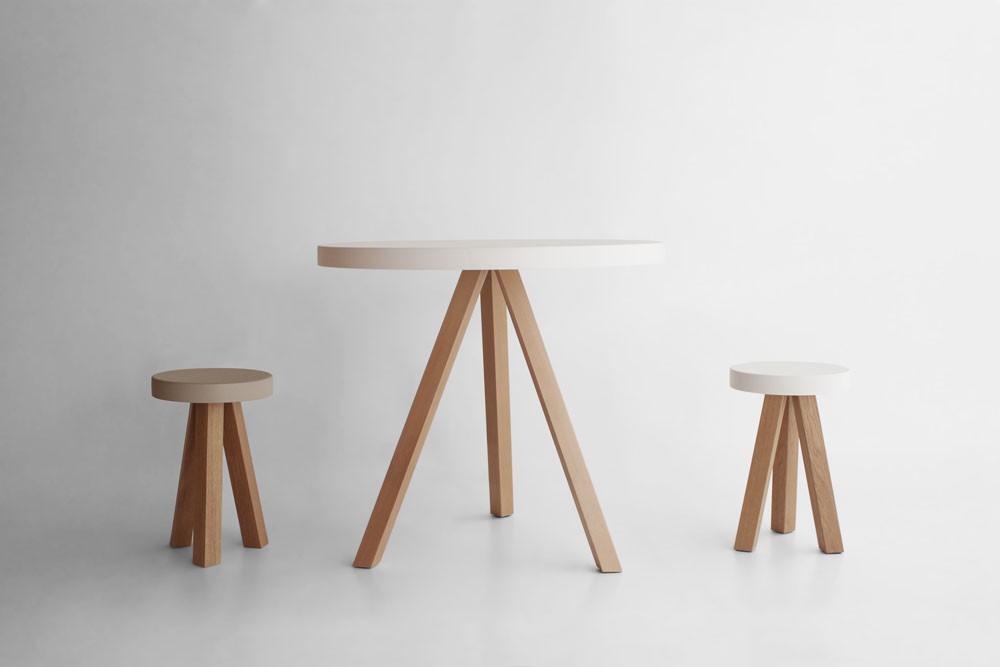 taburete-punt-puntmobles-flak-madera-roble-haya-macizo-asiento-lacado-color-taburetebajo-mesa-centro