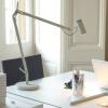 lámpara de sobremesa flexo blanca
