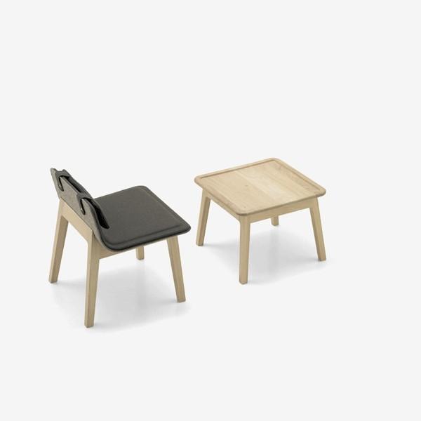 alki-laia-buatca-patas-madera-respaldo-asiento-tapizado
