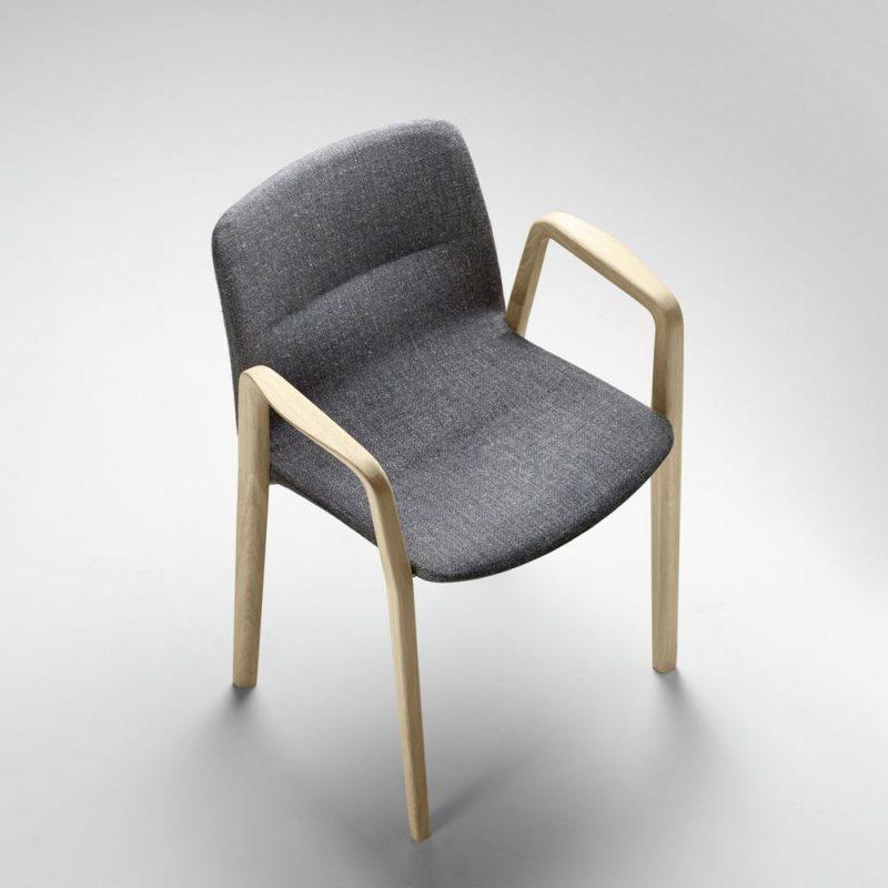 jantzi-alki-silla-accoceberry-madera-tapizada-brazos