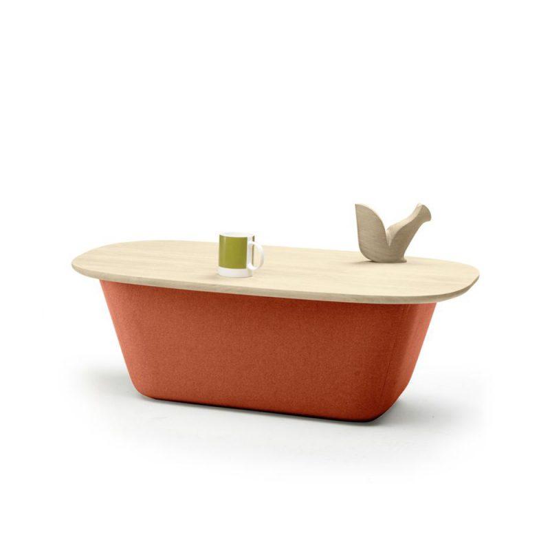 lasai-alki-iratzoki-mesa-auxiliar-almacenaje-tapizada-madera-cerrada