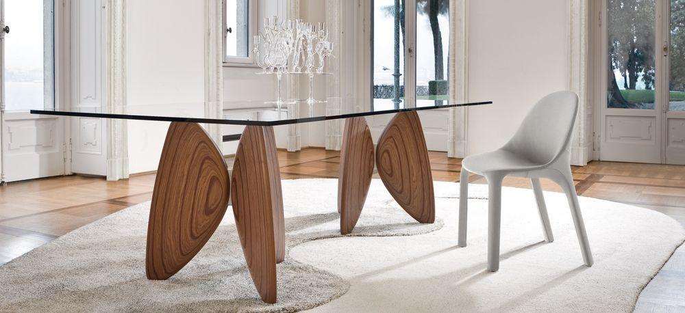 Mesa vanessa mbit for Mesas de comedor cristal y madera