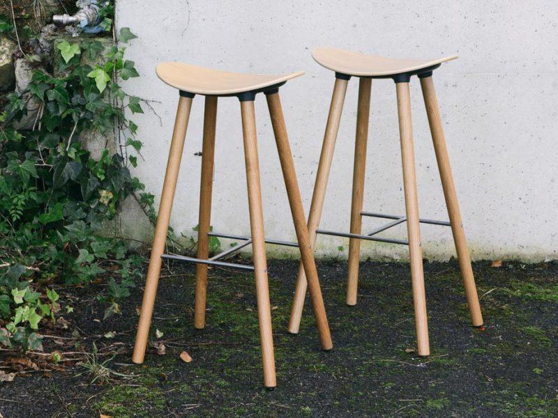 Coma-Wood-taburete-enea