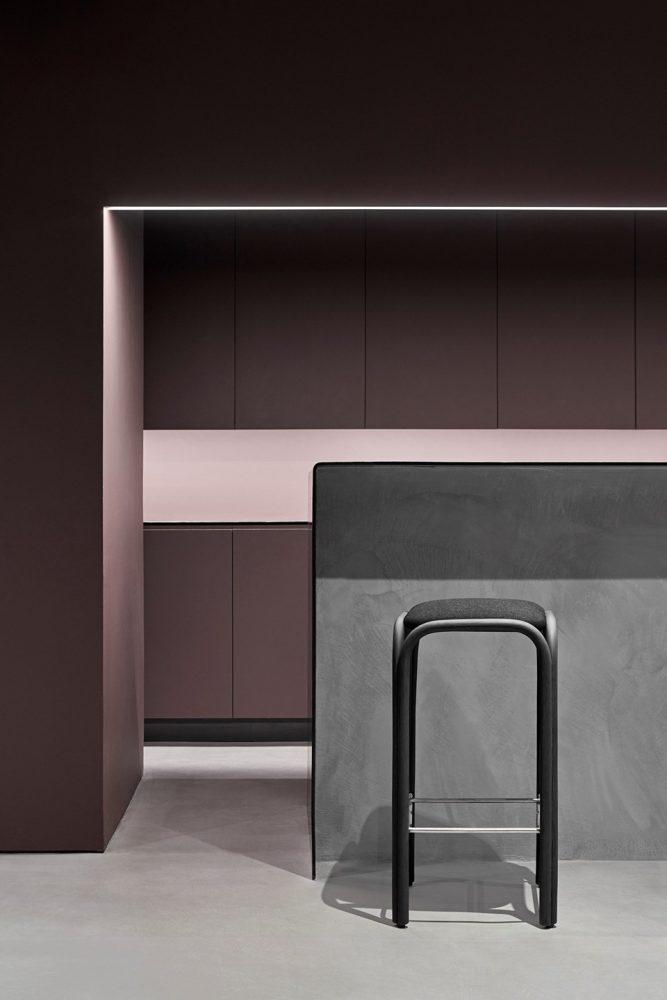 expormim-indoor-design-furniture-fontal-stool