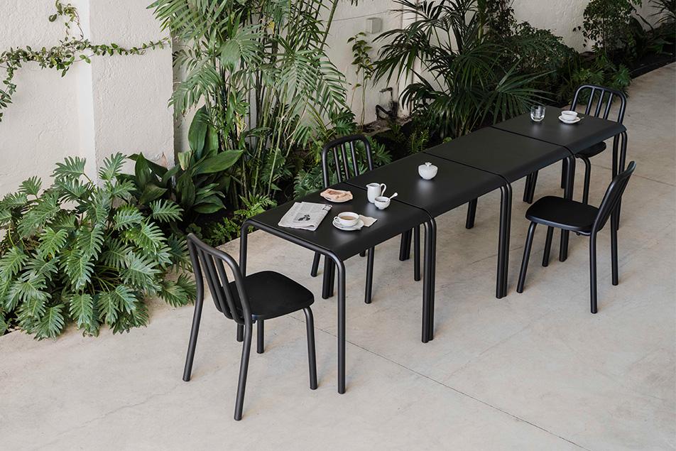 mobles114-tube-square-dinning-tables-eugeni-quitllet-loc-tif-n001