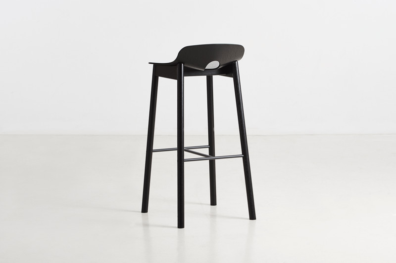 100811_Mono_bar_stool_black_4